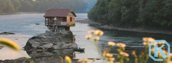 Kućica na Drini postala svjetski hit