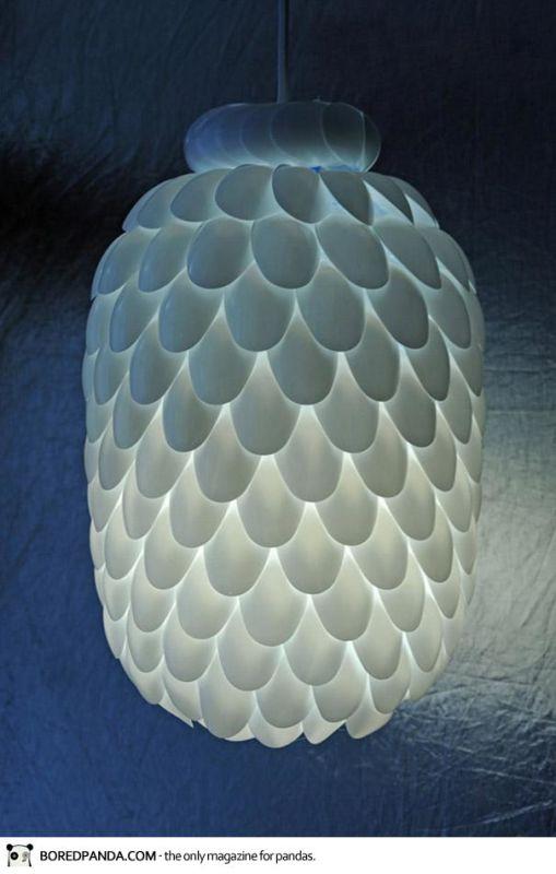 Budimo kreativni: Prekrasna lampa u pet poteza