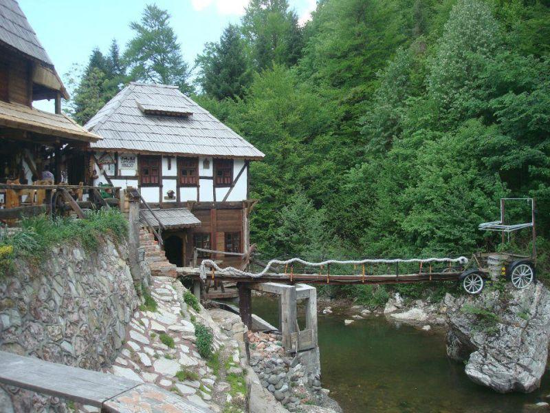 Etno Selo Mačkovac, Banovići