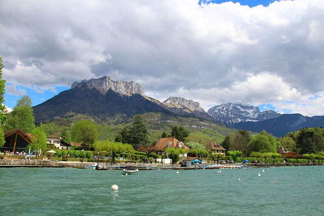 Jezero Annecy, Francuska