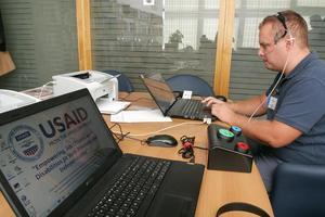 Prezentiran uređaj za samostalno glasanje osoba sa invaliditetom