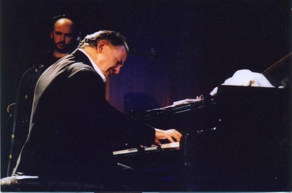 Sinan Alimanović među pet najboljih džez kompozitora