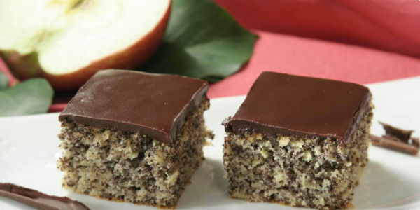 Ukusni kolač : Mak i jabuke
