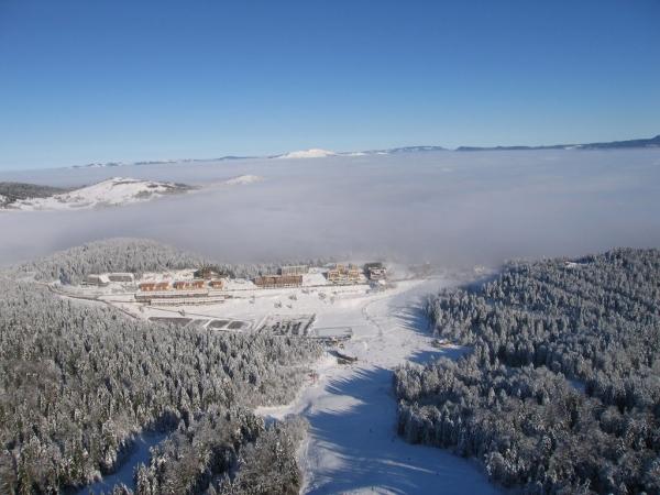 Bjelašnica i Jahorina prekrivene snijegom: Skijaška sezona kreće ranije?