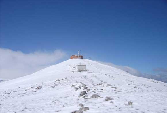 Na Memorijalnom pohodu na Bjelašnicu 200 planinara iz BiH, Srbije, Hrvatske i Crne Gore