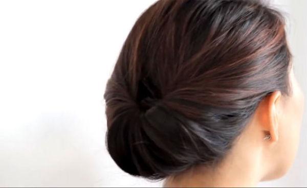VIDEO: Obrnuta punđa: frizura gotova za dva minuta