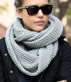 Neizostavni modni detalj i ove zime : Šal