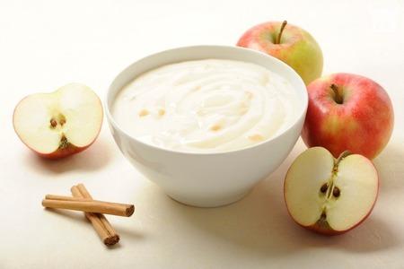 Poslastica za najmlađe: Desert od jabuka i pudinga