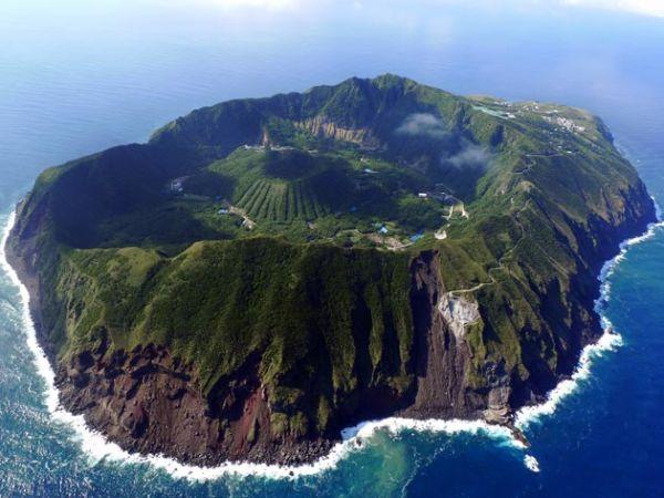 Aogashima ostrvo: Selo koje se nalazi u vulkanskom krateru