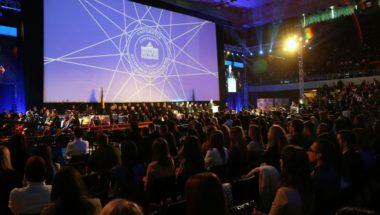 UNSA: Svečano promovisano 6.127 diplomanata i magistranata