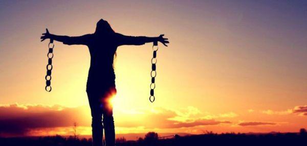 Alan Watts: Oslobodite se prošlosti i počnite živjeti!