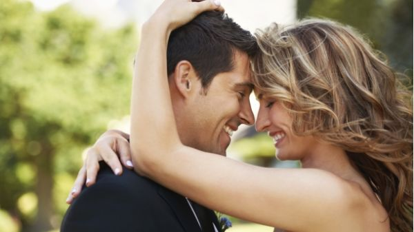 Ovo 10 ljubavnih gesti koje pokazuju da ste centar njegovog svijeta