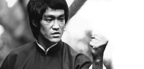 "Bruce Lee: ""Budi poput vode!"""