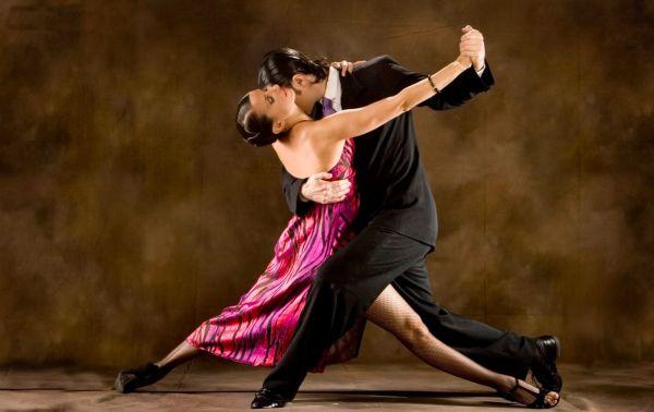 Povijest tango i salsa plesa