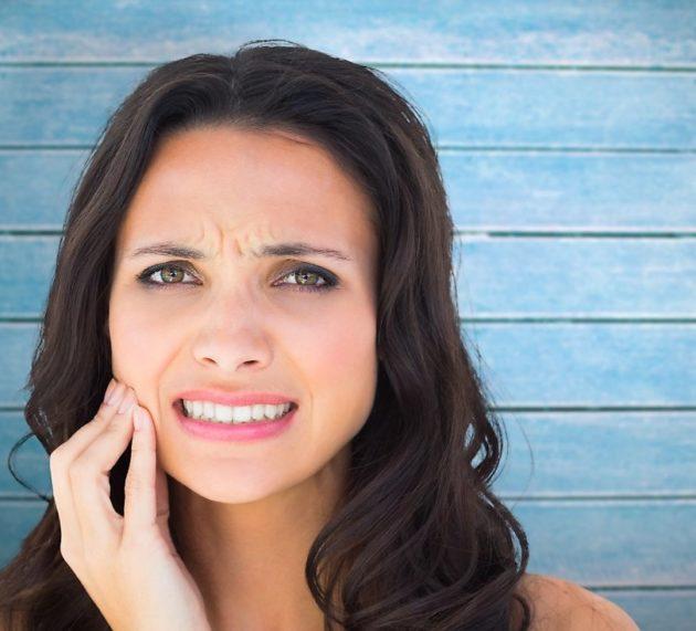 Pukotine i lomljenje zuba: Uzroci i rešenja